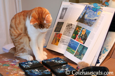 Hmm, his canvases are missing something - 2013 © Colehaus Cats